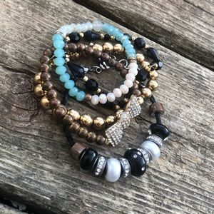 ✨5 Assorted Glitzy Beaded Bracelets